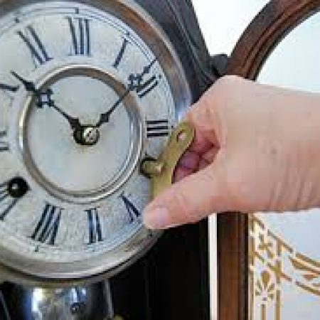 winding up clock